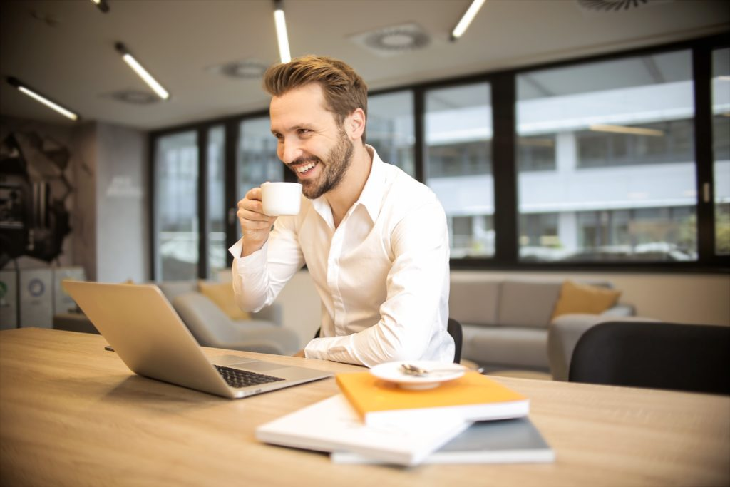 Centrum Pomocy iNS zabezpiecza spokojne poranki w twojej firmie.